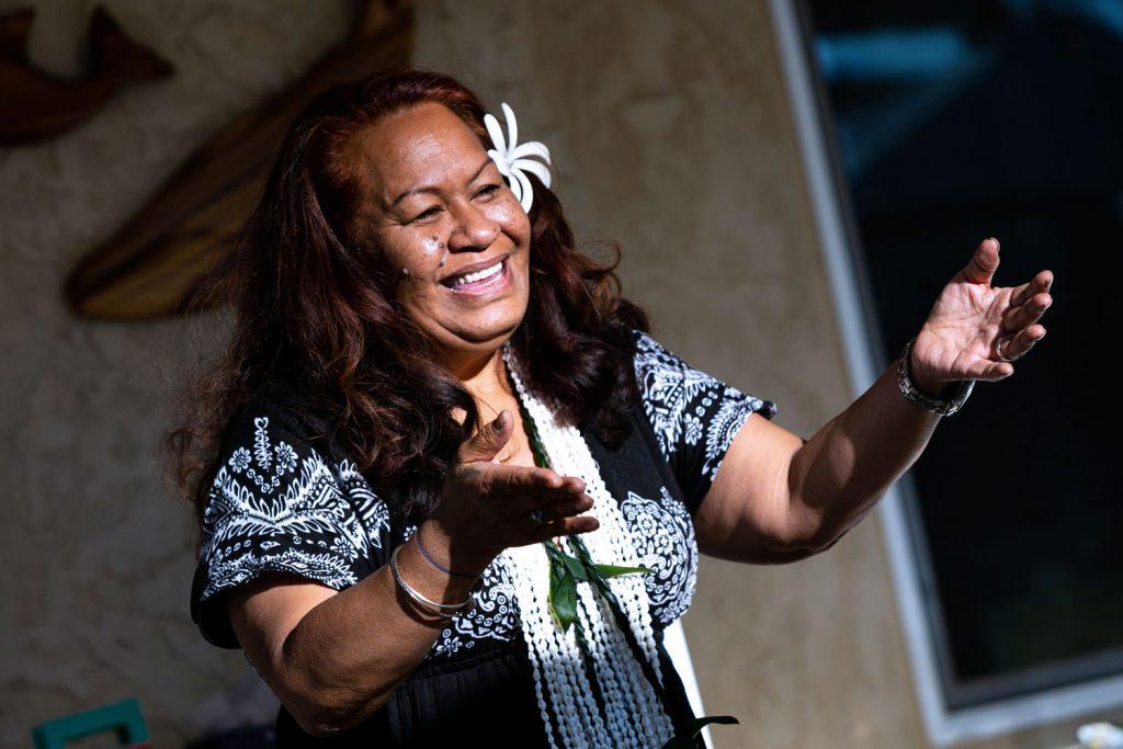 hawaiian dancing at wedding