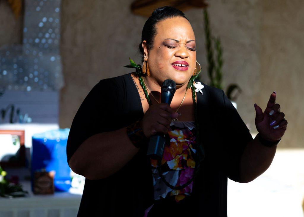 Hawaiian wedding singer