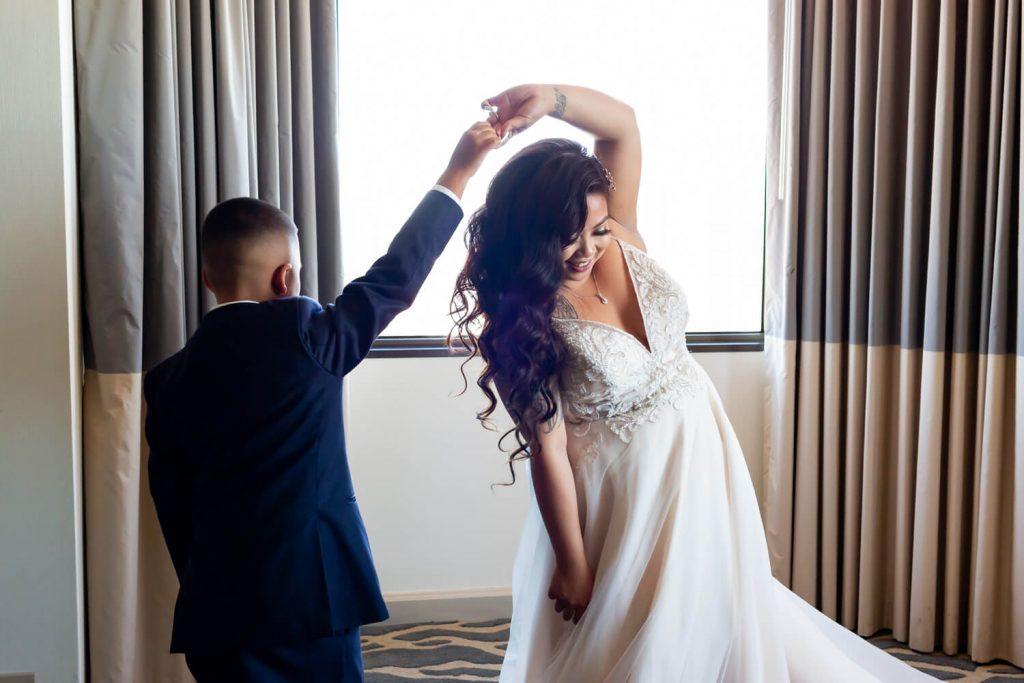 Galina Signature wedding dress