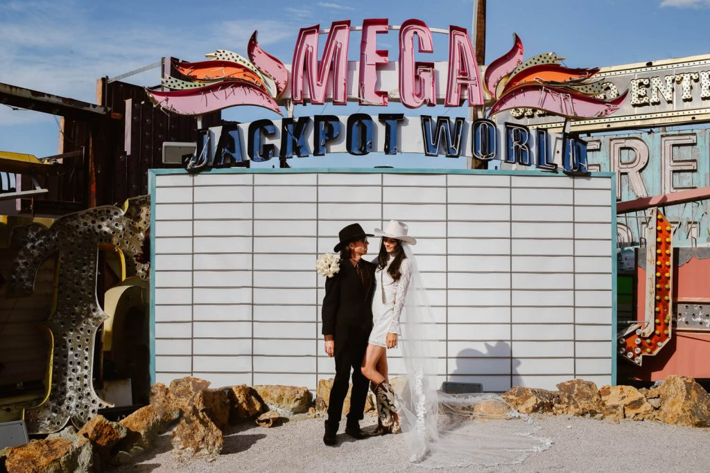 neon museum wedding photo