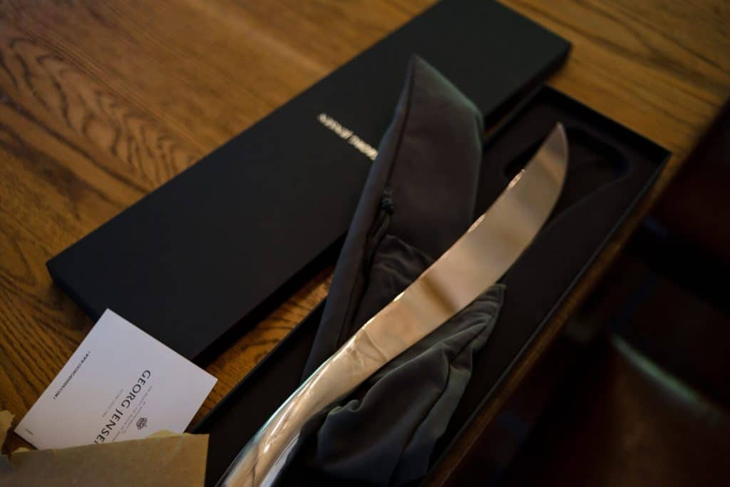knife for cutting champagne